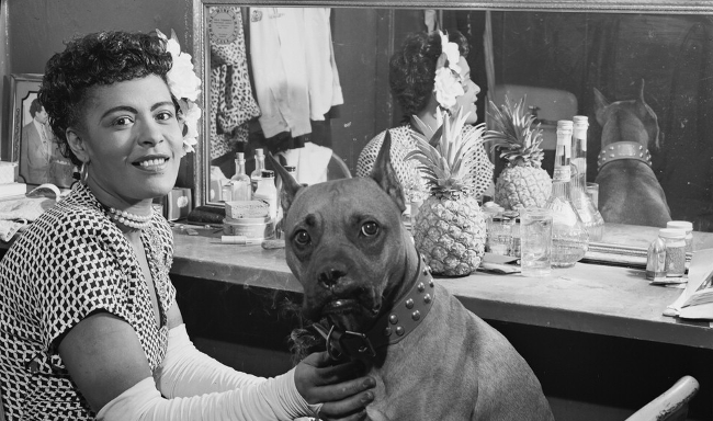 Billie Holiday med sin hund Mister, 1946.